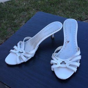 White sandals sz 8